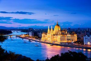Hungaria Jadi Tempat Pesta yang Murah Meriah
