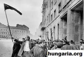 Mengenang Sejarah Meletusnya Pemberontakan Hungaria Tahun 1956